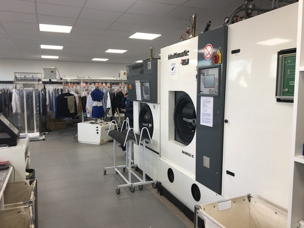 machines dry clean nettoyage à sec blanchisserie laundry laundromat Belgique Luxembourg